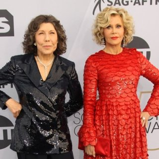 Lily Tomlin, Jane Fonda in 25th Annual Screen Actors Guild Awards - Arrivals