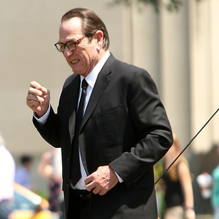 Tommy Lee Jones in Shooting on Location for Men in Black 3