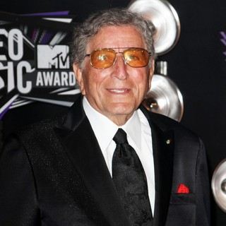Tony Bennett in 2011 MTV Video Music Awards - Arrivals