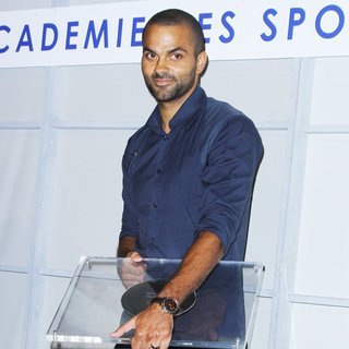 Tony Parker Receive Grand Prize of The Academy of Sports