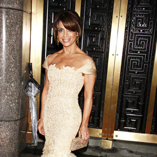 Paula Abdul in The 64th Tony Awards - Arrivals