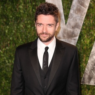 Topher Grace in 2012 Vanity Fair Oscar Party - Arrivals