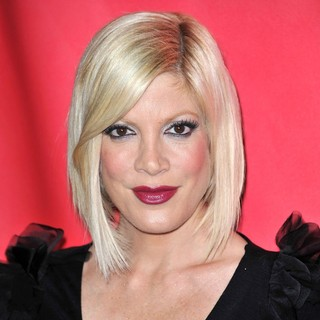 Tori Spelling in NBC Universal 2011 Winter TCA Press Tour All-Star Party - Arrivals