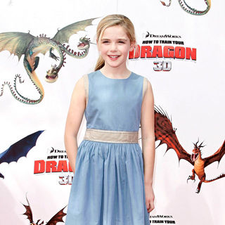 Kiernan Shipka in Los Angeles Premiere of 'How to Train Your Dragon'