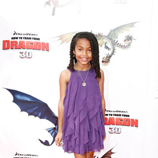 Yara Shahidi in Los Angeles Premiere of 'How to Train Your Dragon'