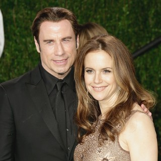 Kelly Preston in 2013 Vanity Fair Oscar Party - Arrivals - travolta-preston-2013-vanity-fair-oscar-party-03