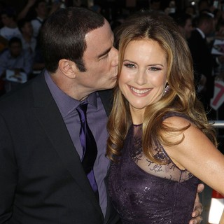 Kelly Preston in The Premiere of Savages - travolta-preston-premiere-savages-01