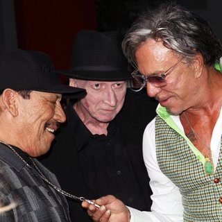 Mickey Rourke in Los Angeles Premiere of Sin City: A Dame to Kill For - trejo-miller-rourke-premiere-sin-city-a-dame-to-kill-for-01