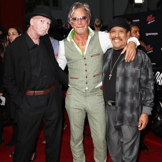 Mickey Rourke in Los Angeles Premiere of Sin City: A Dame to Kill For - trejo-miller-rourke-premiere-sin-city-a-dame-to-kill-for-03
