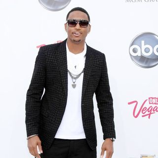 Trey Songz in The 2011 Billboard Music Awards - Arrivals - trey-songz-2011-billboard-music-awards-01