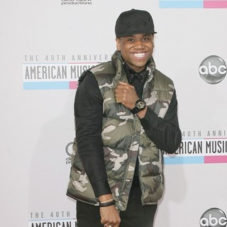 Tristan Wilds in The 40th Anniversary American Music Awards - Arrivals - tristan-wilds-40th-anniversary-american-music-awards-04
