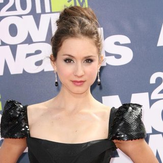 Troian Bellisario in 2011 MTV Movie Awards - Arrivals - troian-bellisario-2011-mtv-movie-awards-01