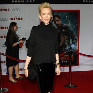 Trudie Styler in Iron Man 3 Los Angeles Premiere - Arrivals
