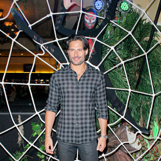 Joe Manganiello in True Blood Stars Meet and Greet with Fans