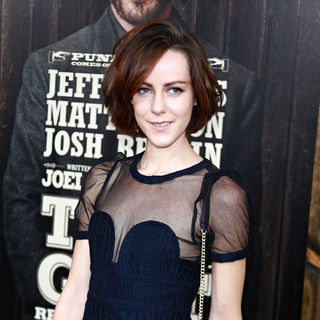 Jena Malone in New York Premiere of 'True Grit'