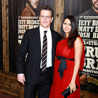 Matt Damon, Luciana Barroso in New York Premiere of 'True Grit'