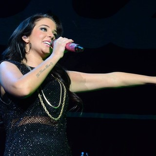 Tulisa Performing Live in Concert at O2 Arena - tulisa-live-in-concert-o2-arena-04
