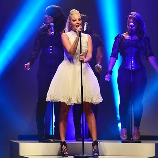 Tulisa in Tulisa Performing at London Fashion Week Spring-Summer 2013 - Launch Show