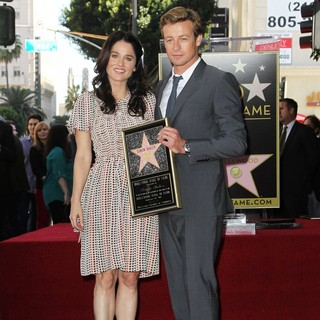 Robin Tunney, Simon Baker in Simon Baker Is Honoured with A Star on The Hollywood Walk of Fame