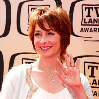 Sharon Lawrence in The TV Land Awards 2010