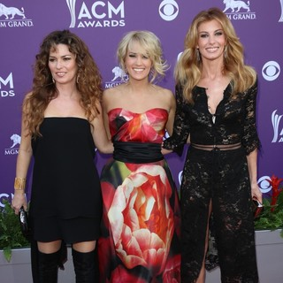 Shania Twain, Carrie Underwood, Faith Hill in 48th Annual ACM Awards - Arrivals