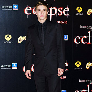 Xavier Samuel in Premiere of 'The Twilight Saga's Eclipse'