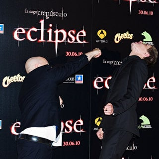 David Slade, Xavier Samuel in Premiere of 'The Twilight Saga's Eclipse'