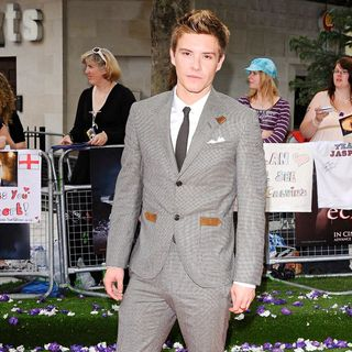 Xavier Samuel in UK Gala Premiere of 'The Twilight Saga's Eclipse' - twilight_eclipse_017_wenn5508267