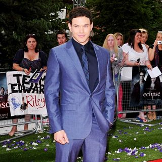 UK Gala Premiere of 'The Twilight Saga's Eclipse' - twilight_eclipse_022_wenn5508272