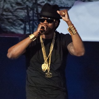2 Chainz in 2 Chainz Performs on The Club Paradise Tour