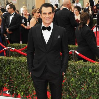 Ty Burrell in 21st Annual SAG Awards - Arrivals - ty-burrell-21st-annual-sag-awards-02