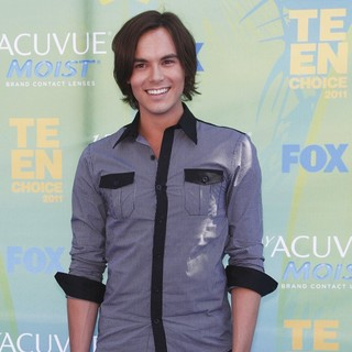 Tyler Blackburn in 2011 Teen Choice Awards