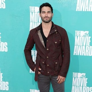 Tyler Hoechlin in 2012 MTV Movie Awards - Arrivals
