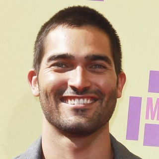 Tyler Hoechlin in 2012 MTV Video Music Awards - Arrivals