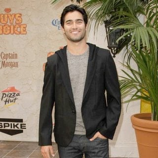 Tyler Hoechlin in Spike TV's 5th Annual 2011 Guys Choice Awards - Arrivals