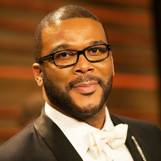 Tyler Perry in 2014 Vanity Fair Oscar Party - tyler-perry-2014-vanity-fair-oscar-party-01