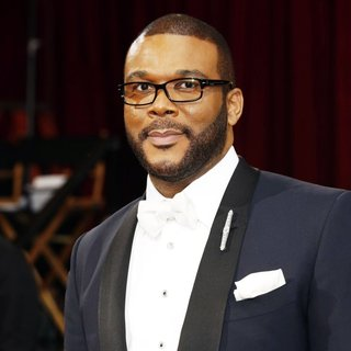 Tyler Perry in The 86th Annual Oscars - Red Carpet Arrivals - tyler-perry-86th-annual-oscars-01