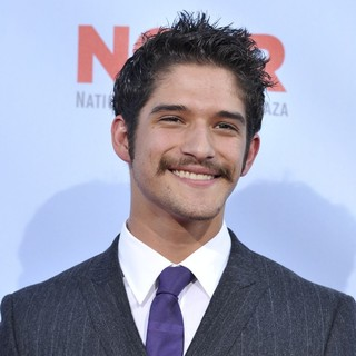 Tyler Posey in 2012 NCLR ALMA Awards - Arrivals - tyler-posey-2012-nclr-alma-awards-01