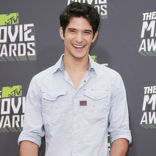 Tyler Posey in 2013 MTV Movie Awards - Arrivals - tyler-posey-2013-mtv-movie-awards-03