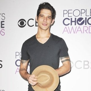 Tyler Posey-People's Choice Awards 2017 - Press Room