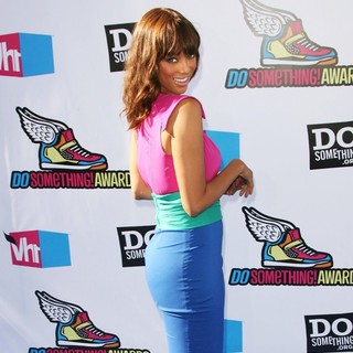 Tyra Banks in 2011 Do Something Awards - Arrivals
