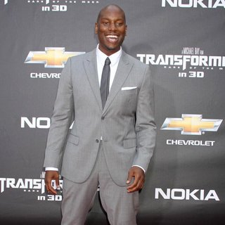 New York Premiere of Transformers Dark of the Moon - tyrese-gibson-premiere-transformers-dark-of-the-moon-03