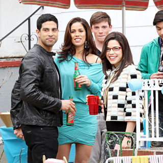 "Adam Rodriguez, Ana Ortiz, America Ferrera in On Location with ""Ugly Betty"""