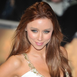 Una Healy in The Twilight Saga's Breaking Dawn Part I UK Film Premiere - Arrivals