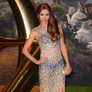 Una Healy in U.K. Premiere of Oz: The Great and Powerful - Arrivals
