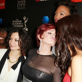 Sheryl Underwood, Sara Gilbert, Sharon Osbourne, Aisha Tyler, Julie Chen in The 40th Annual Daytime Emmy Awards - Arrivals