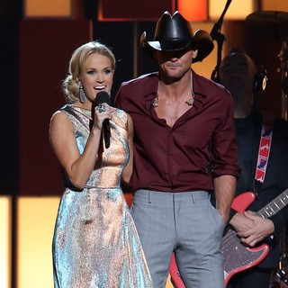 Carrie Underwood, Tim McGraw in 47th Annual CMA Awards - Show