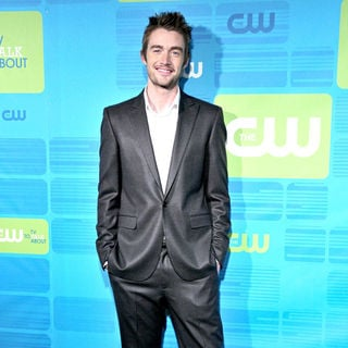 Robert Buckley in 2010 The CW Network UpFront - Arrivals - upfront_the_cw_014_wenn5483921