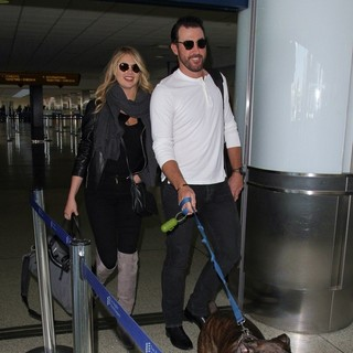 Kate Upton Seen with Justin Verlander at LAX