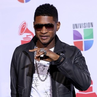 Usher in The 12th Annual Latin GRAMMY Awards - Arrivals